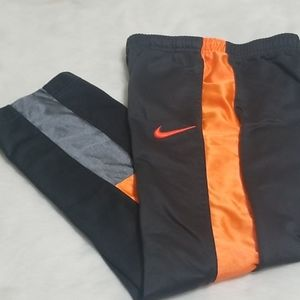 Nike sz 7 Boys Joggers with pockets